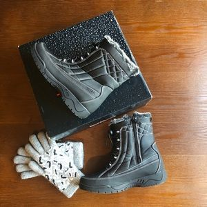 TOTES EVE Ski/Winter Boots